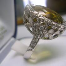Anello oro, diamanti e acqua marina verde