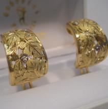 orecchini oro giallo incisi